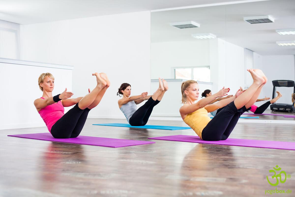 Navasana – die Boothaltung zur Kräftigung der Bauchmuskulatur