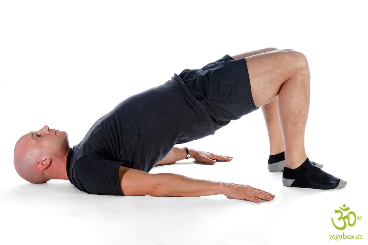 Yoga Umkehrhaltungen: Die Schulterbrücke (Setu Bandha / Dvi Pada Pitham)