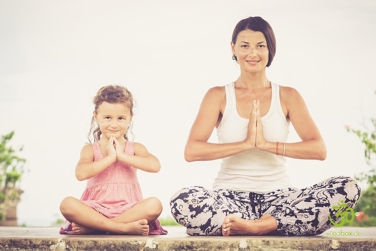 Entspannt meditieren - Fünf verschiedene Yoga Sitzhaltungen