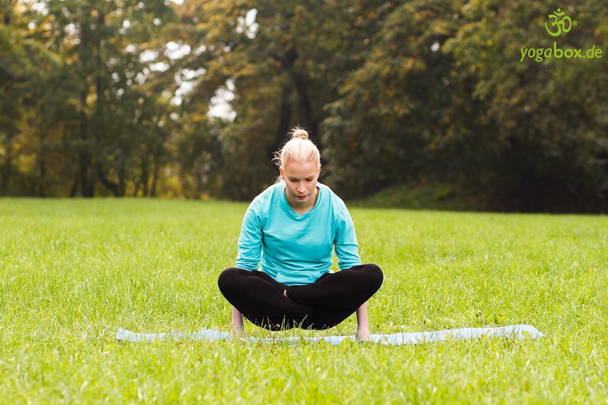 Tolasana - die Yoga Waage