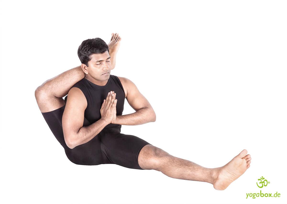 Eka Pada Shirshasana - Fuß hinter dem Kopf