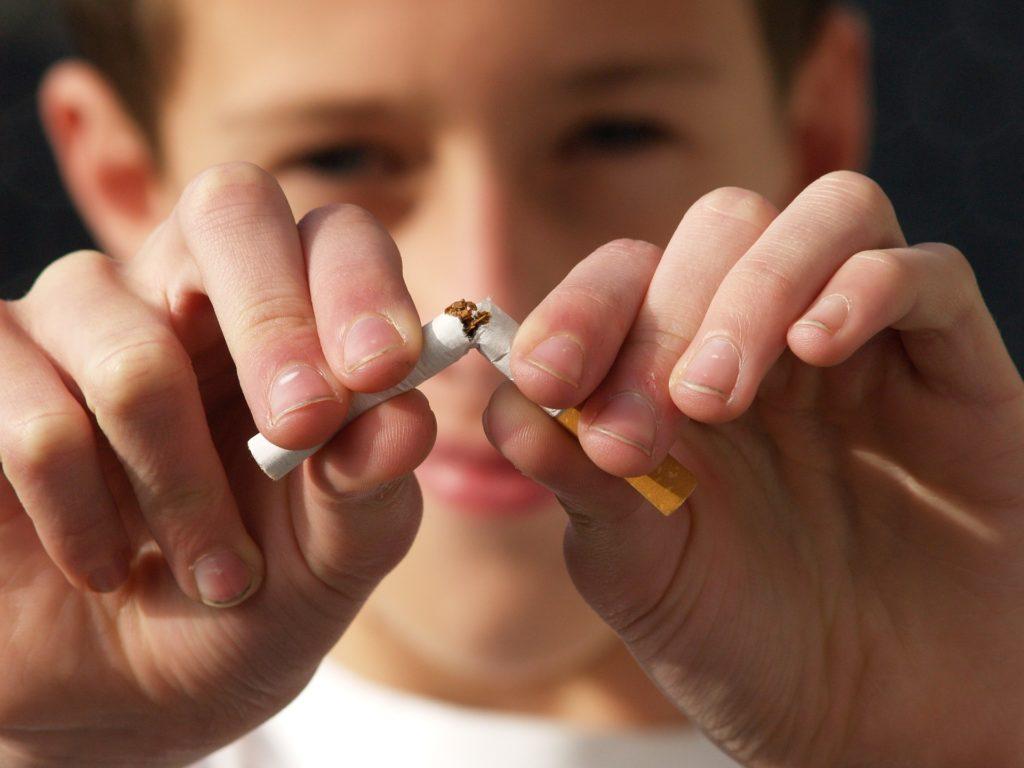 Rauchen aufhören: Wie Dir Yoga helfen kann ein rauchfreies Leben zu führen