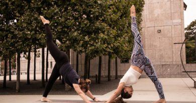 Warum das richtige Outfit Deine Yoga Session erst vollkommen macht